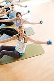 Cours collectif Pilates haltères